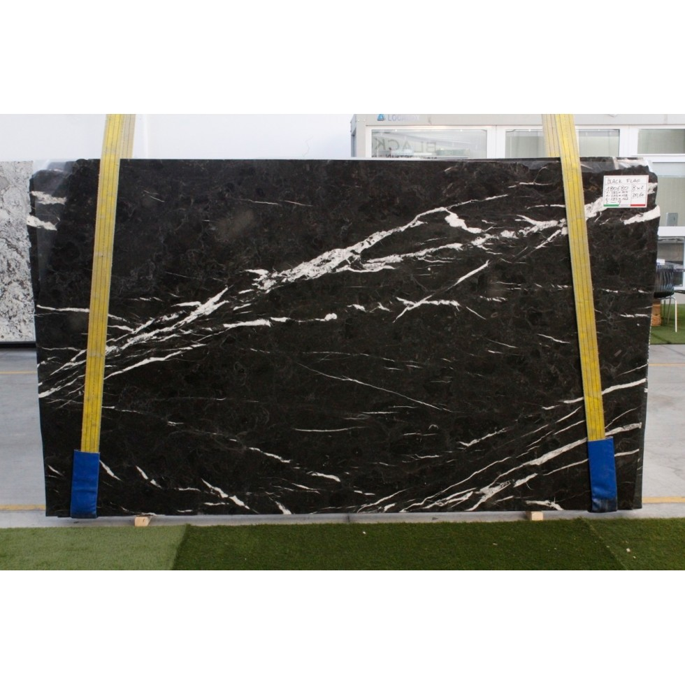 Bundle 1 | Slabs 10 POLISHED | 46.04 m2 | 496 SF | 2578 kg