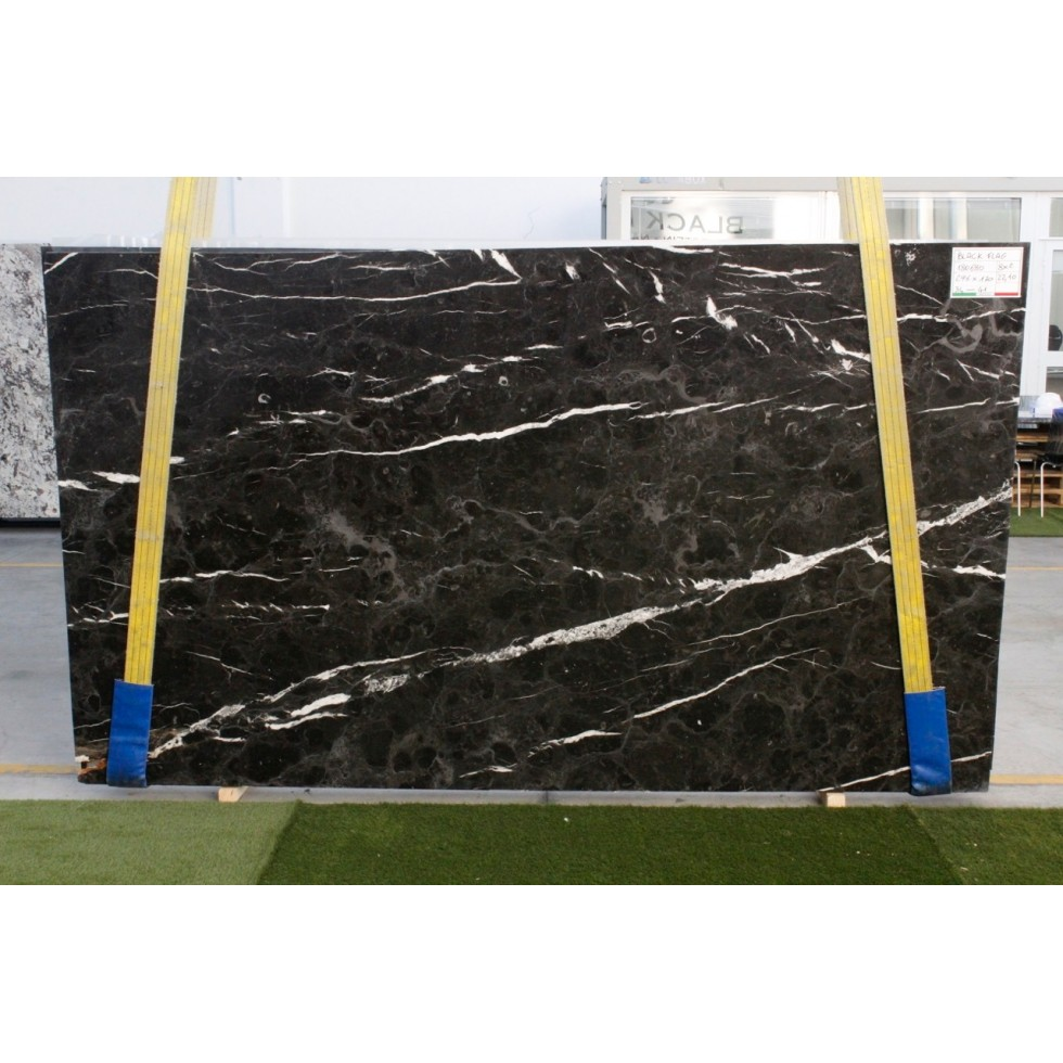 Bundle 2 | Slabs 5 POLISHED | 25.21 m2 | 271 SF | 1380 kg