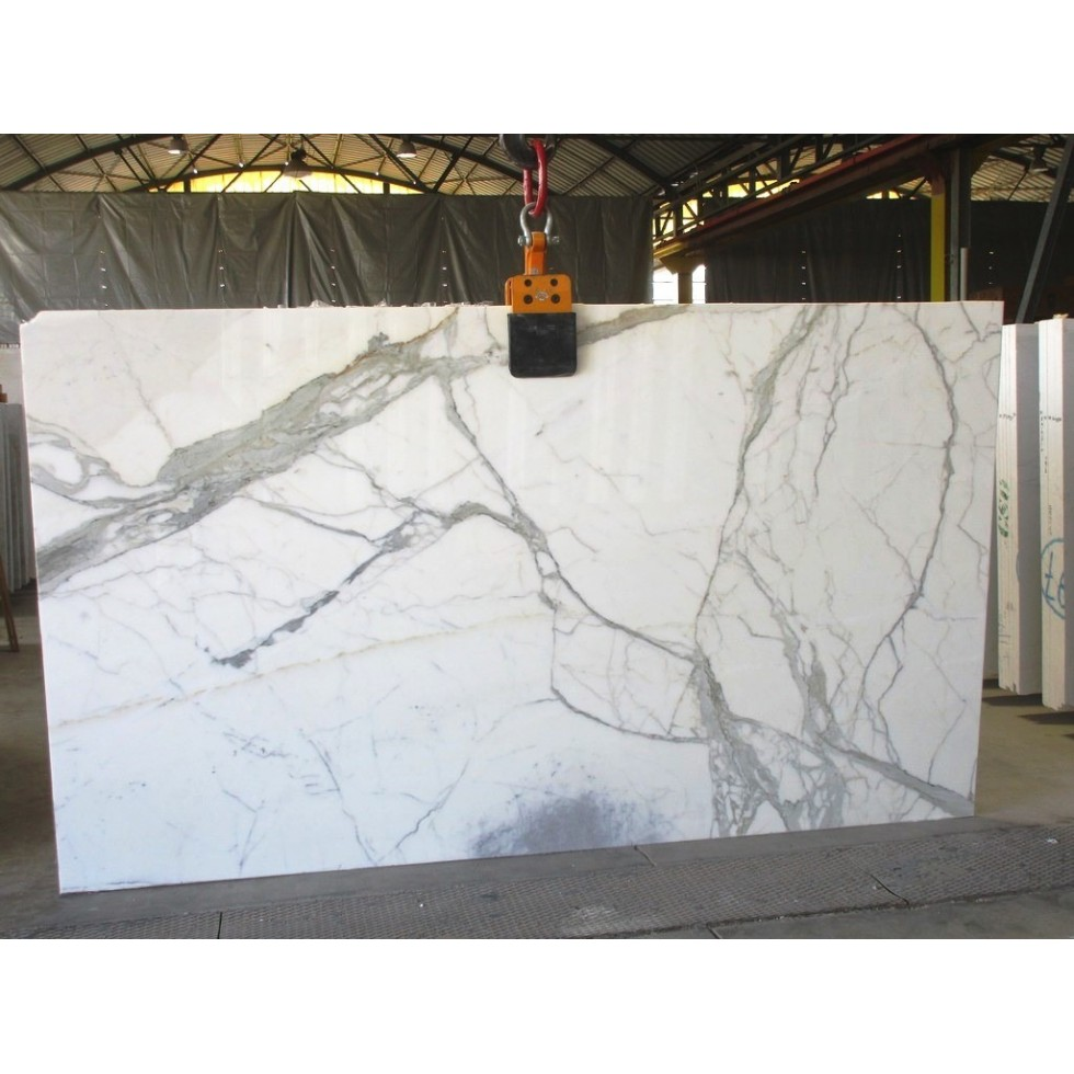 Bundle 3 | 10 Polished Slabs | 57.35 m2 | 617 SF | 3212 kg