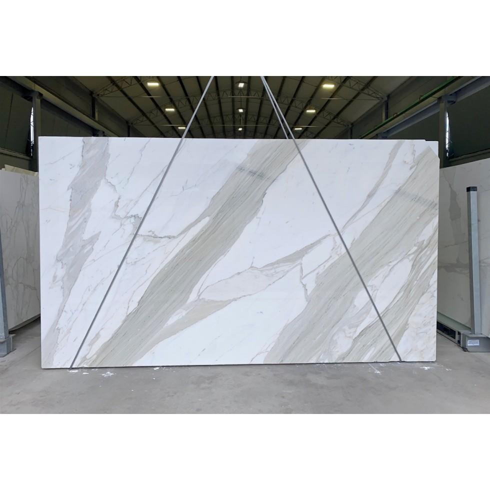 Bundle 2 | 8 Polished Slabs | 43.97 m2 | 473 SF | 2463 kg