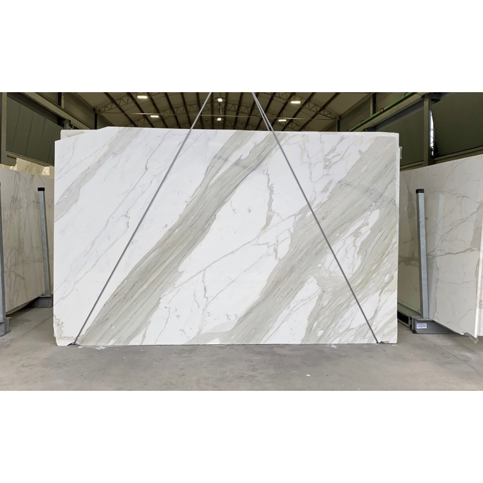 Bundle 5 | 6 Polished Slabs | 32.71 m2 | 352 SF | 1832 kg
