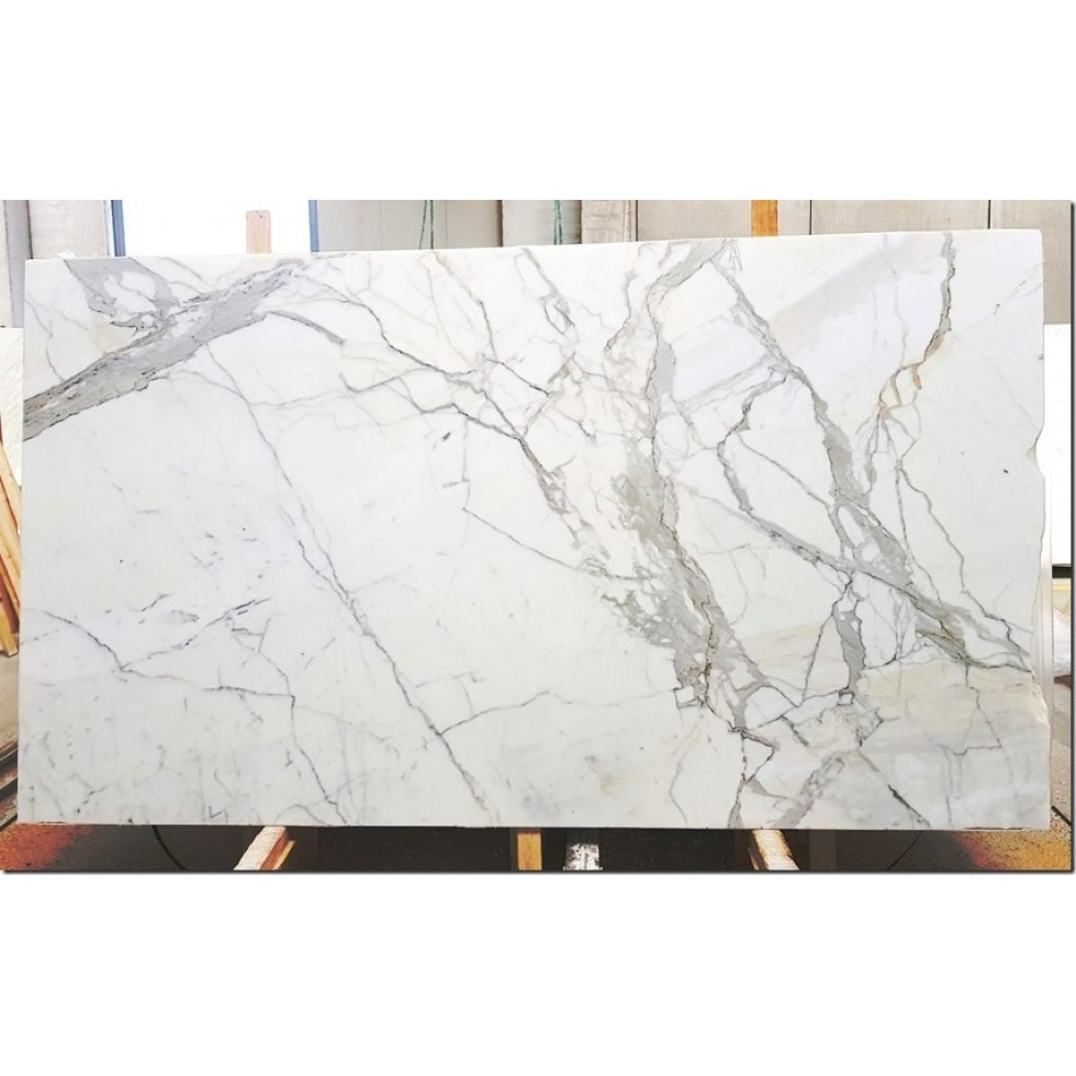 Bundle 1 | 10 Polished Slabs | 55.50 m2 | 597 SF | 3108 kg